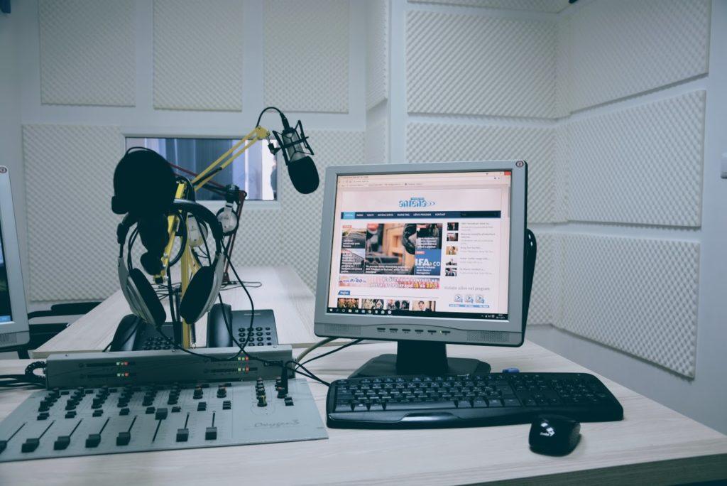 Antena Radio Jelah Uživo 88,7 Fm - Broj 1 Radio U Tešnju! Radiostanica.com