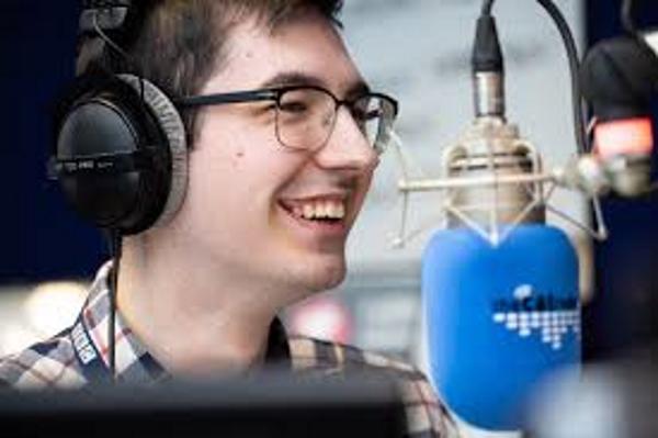 Šta Zahtjeva Uspjeh Na Radiju? (Priručnik Za Radio 1/30) Radiostanica.com